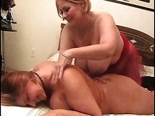 Vollbusige Bbw Lesben Mag Erotische Massage Aktion Im Bett