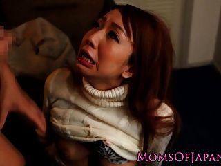 Japanische Mutter Betrügt Und Bekommt Gesicht Gefickt