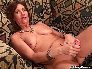 Undersexed Mom Entfesselt Ihre Freche Seite