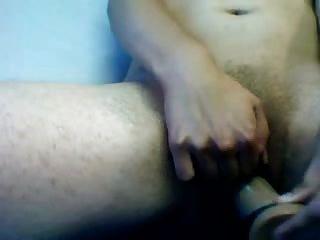Riesige Klitoris, Um Beide Löcher Zu Spielen