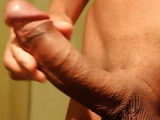 Asian Big Cock Masturbation Und Massive Cumshot!