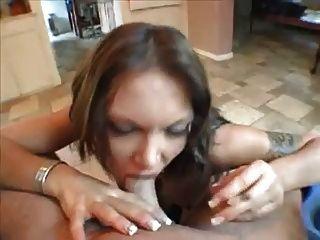 Hot Euro Anna Nova Rauchen Blowjob