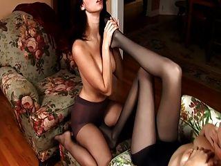 Erotische Lesbische Strumpfhose Fuß Anbetung