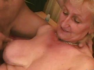 Heiß 60 Plus # 6 Monica