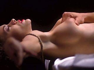 Alyssa Milano \u0026 Victoria Beckham Unzensiert!