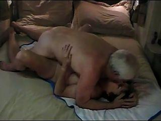 Heißes älteres Ehepaar Genießen