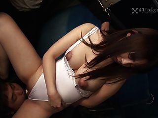 Yayoi Yoshino Gefangen In Bus Gangbang Teil 2 (unzensierte Jav)