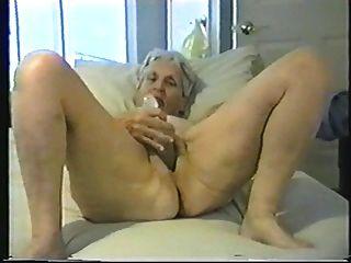Wunderschöne Alte Oma Helen, Geleckt, Gesaugt Und Gefickt
