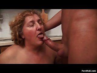 Mollige Oma Liebt Sex