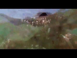 Mädchen Schwimmen Mit Flasche Im Arsch