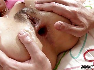Real Porn Casting Für Heiße Milf Mit Jungem Mann Und Anal