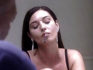 Monica Bellucci Nackt Unter Verdacht