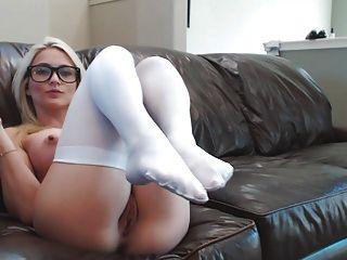 Blonde Webcam Göttin 22 Buttplug Schülerin Spritzt