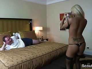 Hot German Escort Fick Alter Mann Im Hotel Für Geld