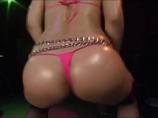 Japanischer Micro Bikini Tänzer Emi Haruna