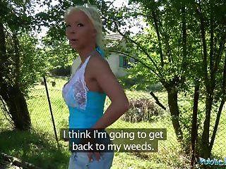 Public Agent Hot Blonde Frau Barbie Sünden Fickt Einen Fremden