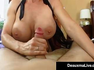 Atemberaubende Fit Milf Deauxma Bekommt Den Arsch Von Einem Harten Jungen Hengst