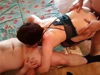 Drei Männer Ficken Eine Frau