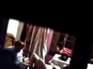 Vater Und Tochter Erwischt Beim Ficken In Ihrem Schlafzimmer
