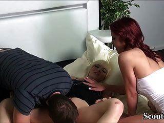 Deutscher Junge Darf Seine Stiefschwester Und Seinen Freund In 3some Ficken