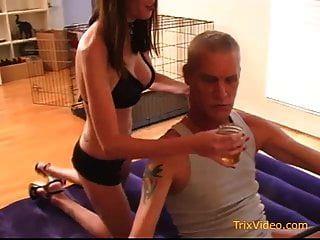 Dom Teen Tochter Missbraucht Ihren Vater